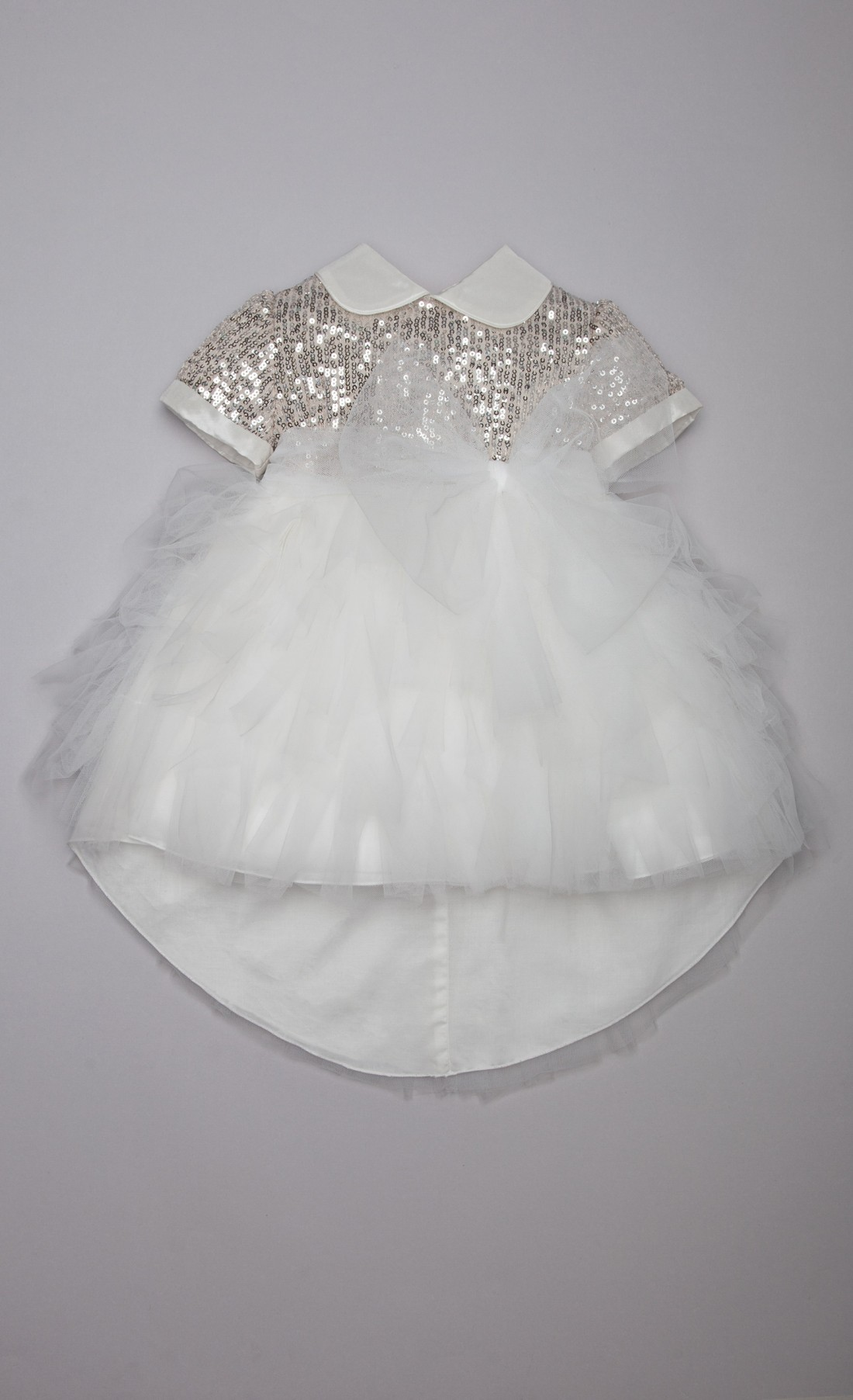 Abito gonna asimmetrica in tulle paillettes panna