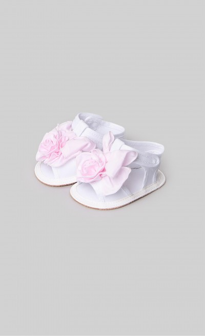 Sandals with white and pink bow