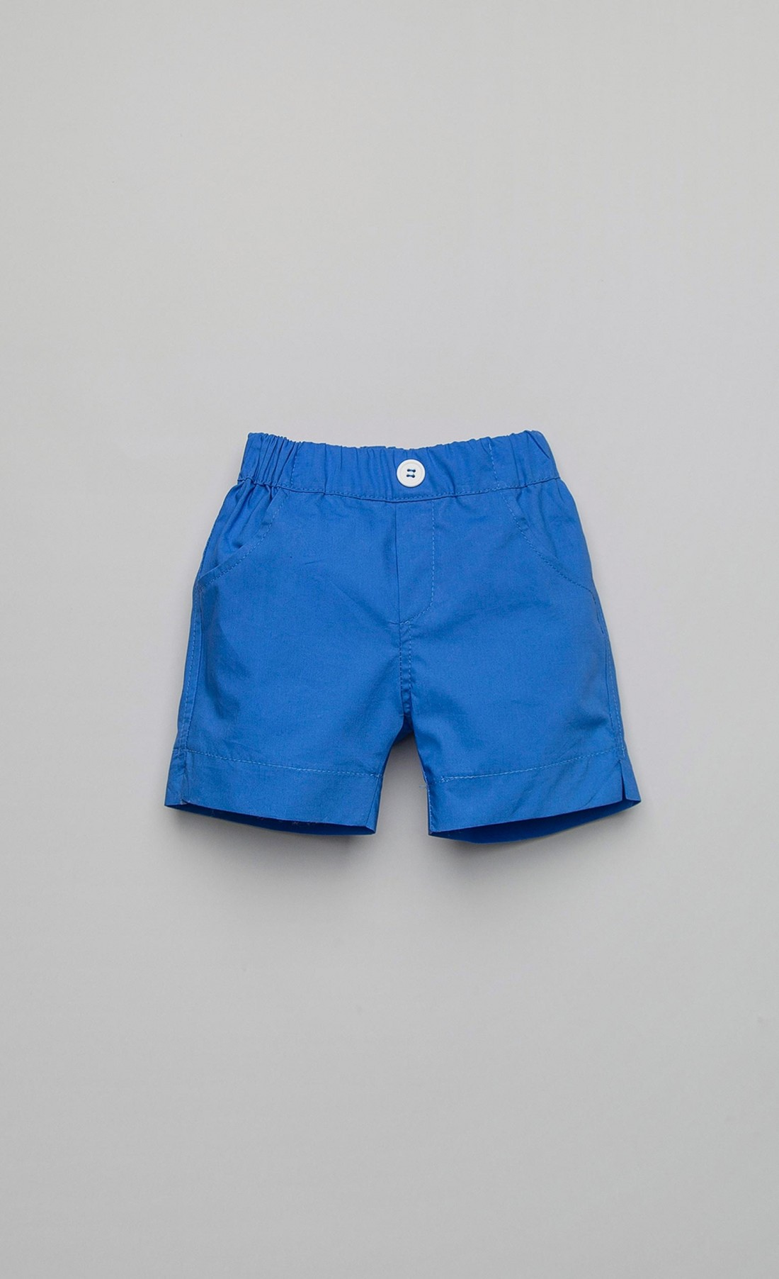 Short trousers in light blue cotton