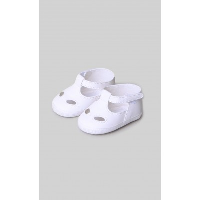 Cradle shoes in white eco-leather